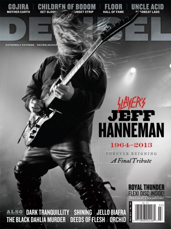 Capa lindona em homenagem a Jeff Hanneman.
